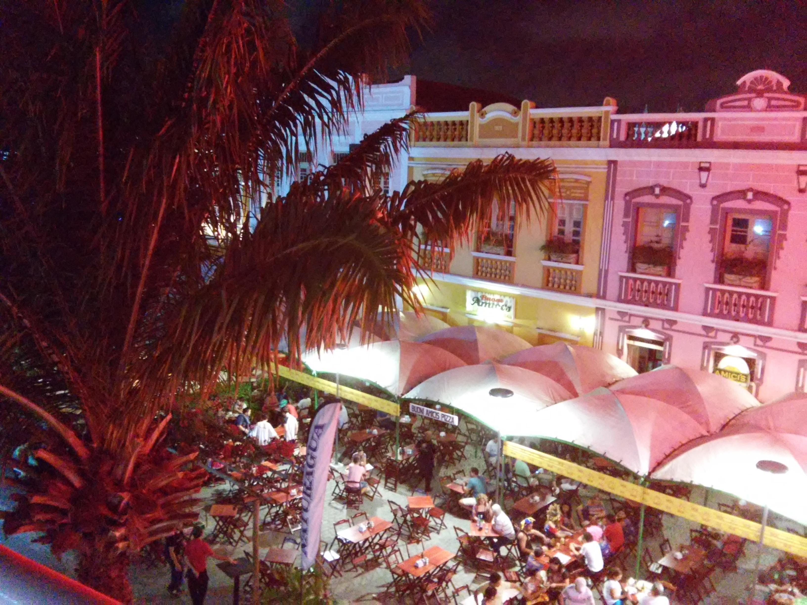 vida noturna de Fortaleza